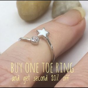 Star and Cz sterling  toe/midi ring